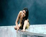 Kajal Aggarwal Hottest - Milky Melons Bouncing Shaking n Pressing in Slow Motion from magadheera kajal hot movie sex